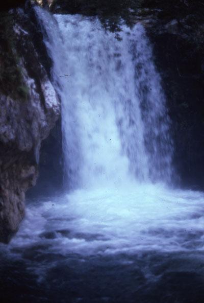 zig-zag-falls75.jpg